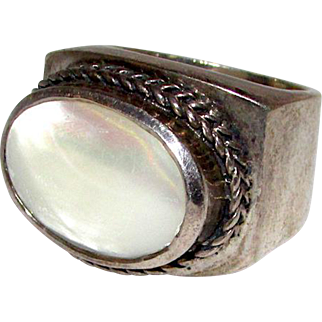 MOD Vintage Taxco Mexican Sterling Silver 925 Mother Of Pearl Huge Statement Ring Size 6