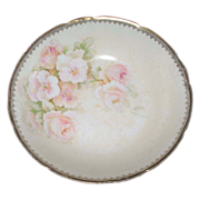 Large serving bowl  Gold edge with pale pink roses