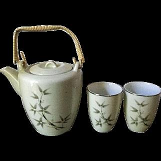 Vintage Seyei porcelain teapot and 6 teacups