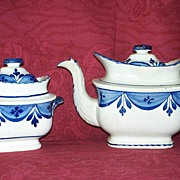 Antique Leeds Pearlware Staffordshire Tea Pot & Sugar Bowl with Lids c.1820