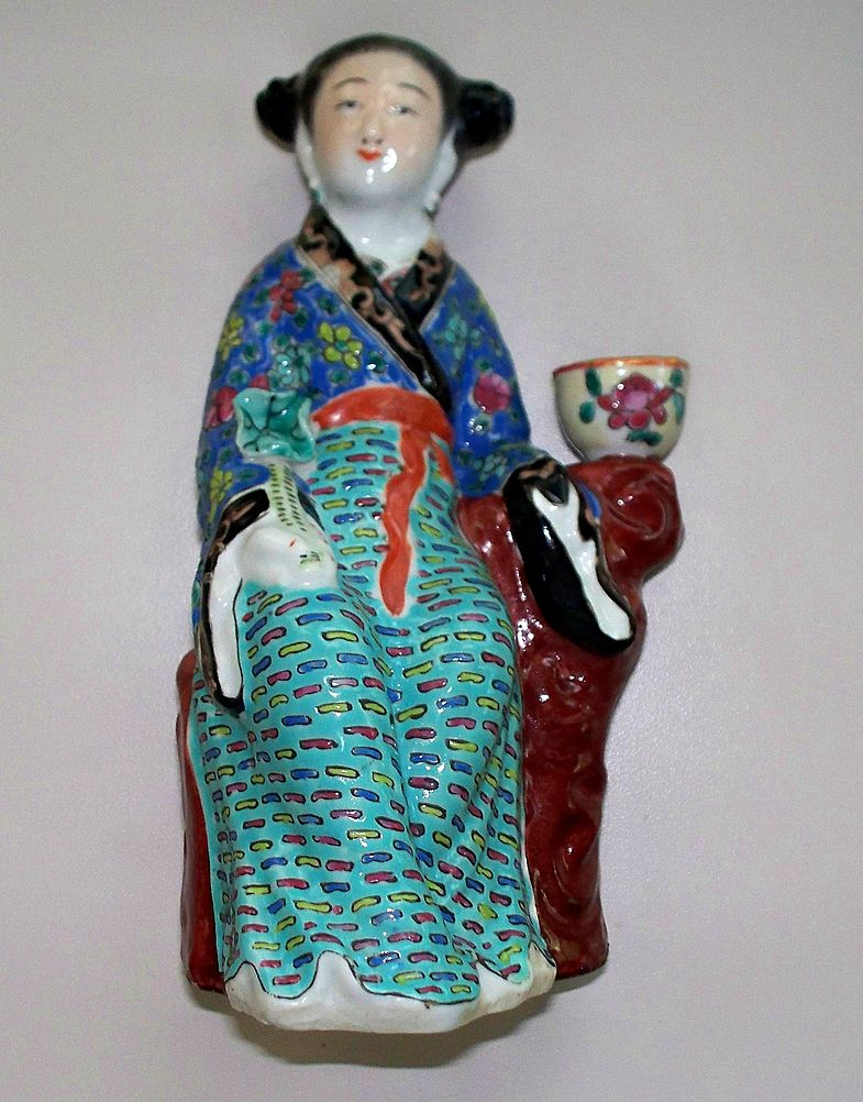 Antique Chinese Figurine of GuanYin with Gold Accents & Rose Bowl c.1890