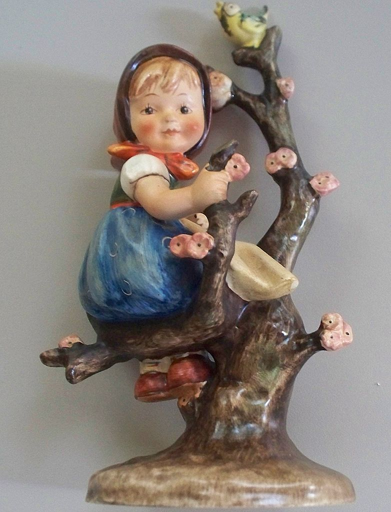 "RARE Hummel  ""Apple Tree Girl"" ""Tree Trunk Style"" TMK 2  Full Bee  #141    6 1/2"" tall"