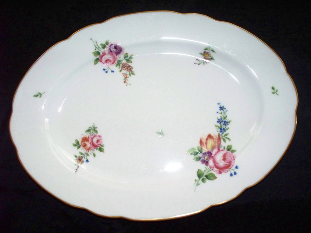 Beautiful Ronard or Rouard Porcelain Sevres Style De Paris French Platter with Roses Hand-Painted