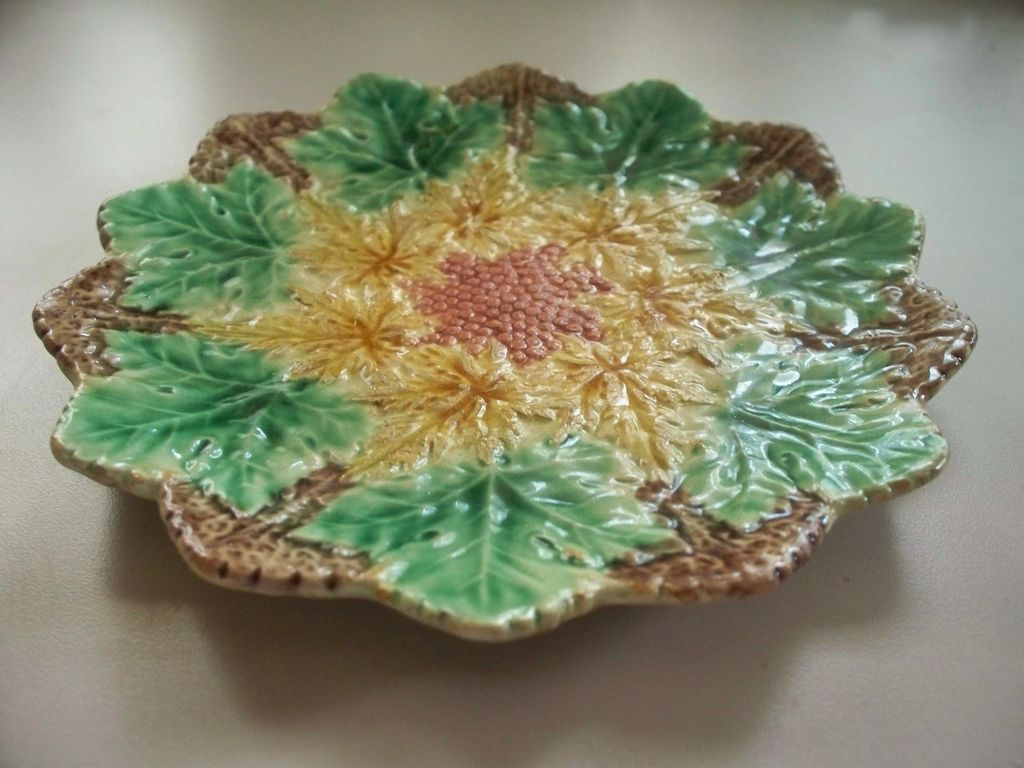 Majolica Leaf & Berry Tray    circa 1890