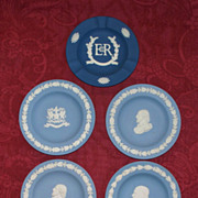"Five Wedgwood Jasperware Plates: Shakespeare, Churchill, City of London and ""Royal Blue"" Queen"