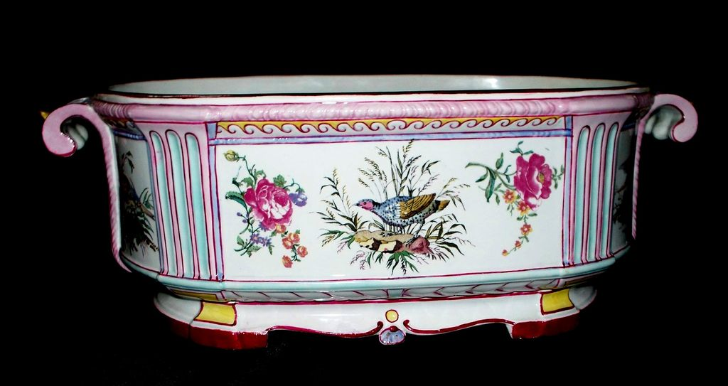 Beautiful Huge Gien French Faience Jardiniere   circa 1875
