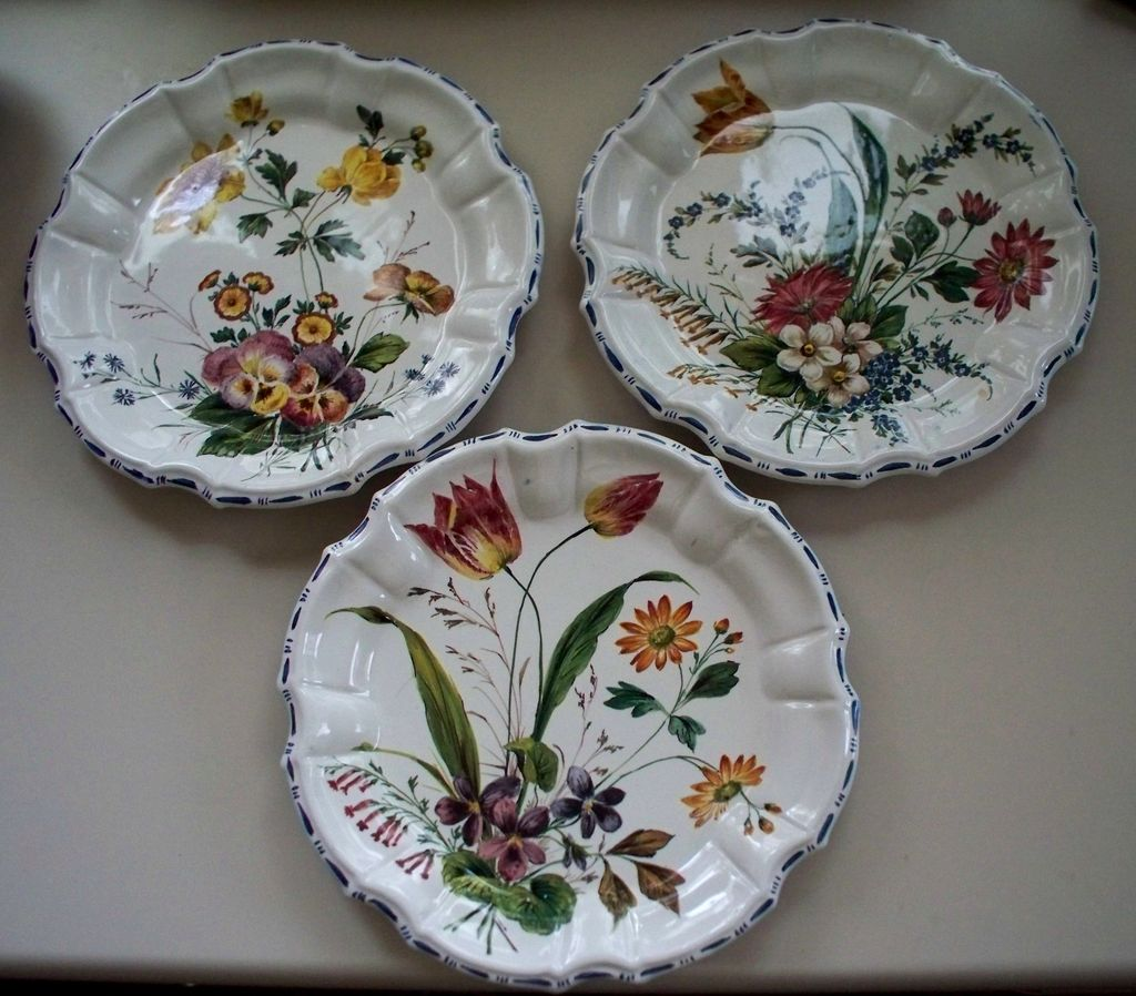 & 3 Antique Nove Italy Tin-Glazed Faience Pottery Plates SOLD | Ruby Lane