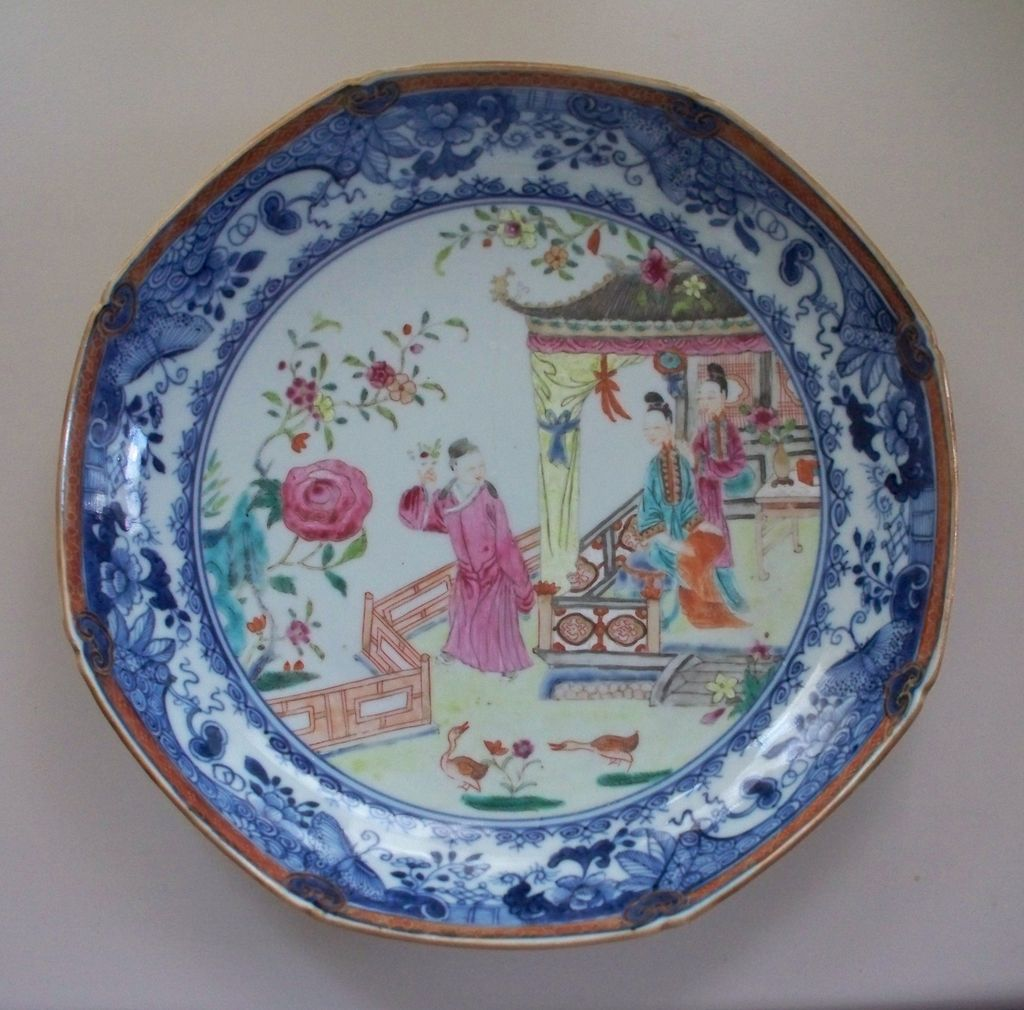 Beautiful 18th Century Chinese Famille Rose Palace Setting w Figures