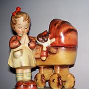 "Hummel ""Doll Mother' #67 TMK2 Full Bee   perfect"