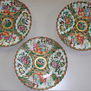 Antique Chinese Export Rose Medallion Fluted Plates 19th C.