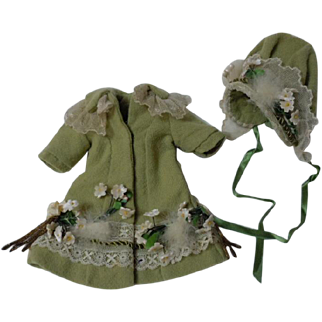 Gorgeous tiny french Bebe Couturier Coat Hat for antique Bleuette sized doll
