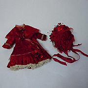 Gorgeous red velvet french Bebe tiny Costume Dress Capelet Hat for antique cabinet size doll