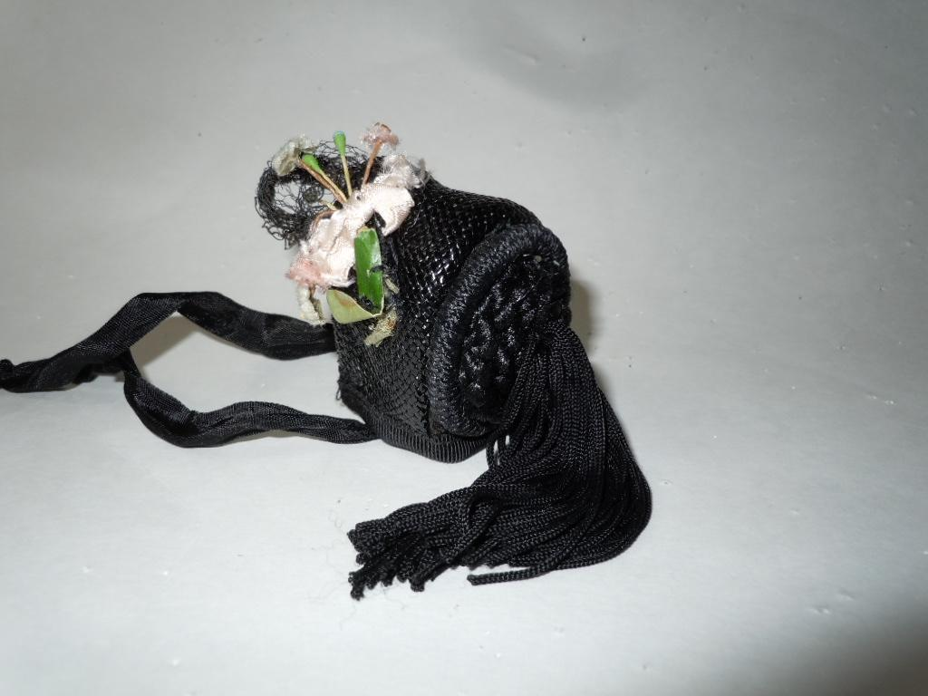 Superb original tiny doll hat for french  german mignonette tiny size doll