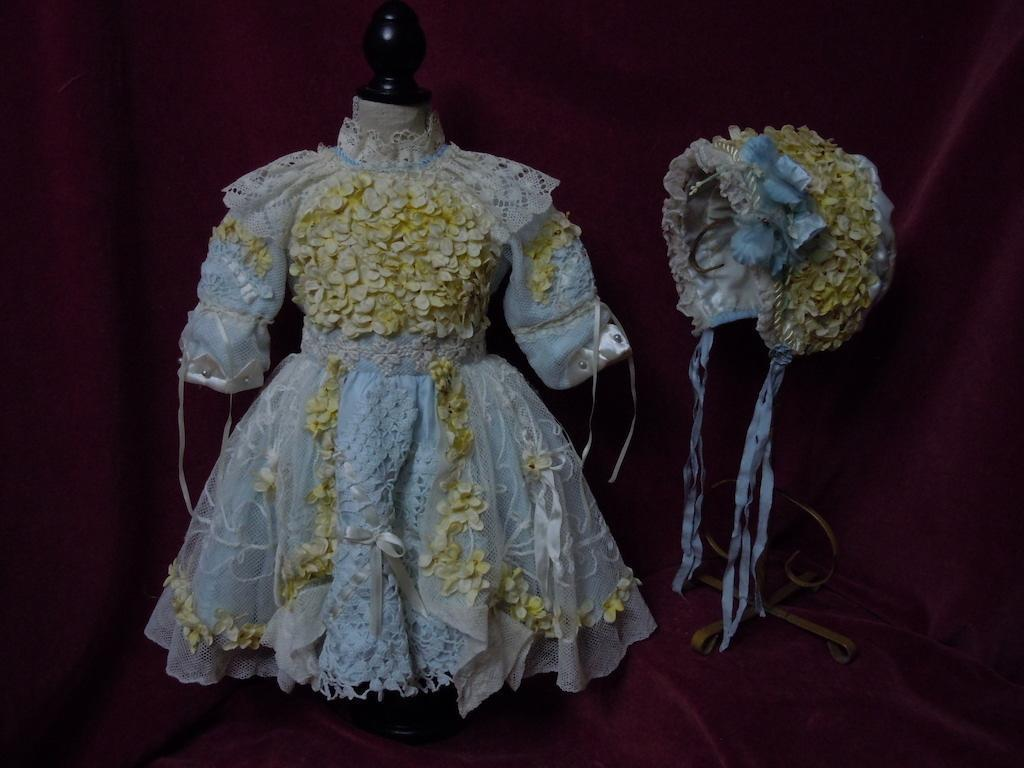Gorgeous Orange Blossoms Couturier Costume Dress w/ Petticoat Hat Basket fit for 23 to 25 inches french bebe doll