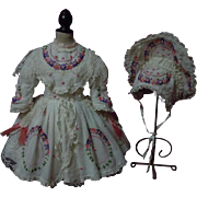 Wonderful Embroidered muslin Couturier Dress w/ Petticoat Hat for french bebe Jumeau Steiner Eden doll