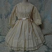 Beautiful Antique beige batiste Dress for french bebe Jumeau Steiner huge doll