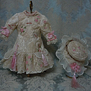 Exquisite french bebe Couturier Dress w/ Petticoat and Hat for antique Jumeau Steiner Bru doll