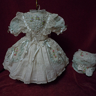 """Wonderful Batiste Dress and Beret for  18"""" french bebe Jumeau doll"""