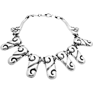 Vintage Taxco Mexico Mexican Sterling Silver Bold Large Repousse Necklace