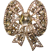 Fabulous EISENBERG ORIGINAL Large Rhinestone Bow Shaped Brooch
