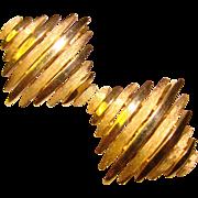 Vintage TRIFARI Signed Goldtone Vintage Clip Earrings