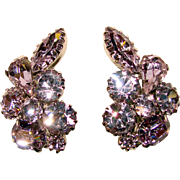 Fabulous KRAMER Alexandrite Rhinestone Blue Lavender Vintage Clip Earrings