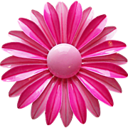 Awesome 1960s Pink Enamel Flower Power Vintage Brooch