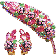 Fabulous D&E JULIANA Pink Rhinestone Polka Dot Sugar Bead Vintage Brooch Set