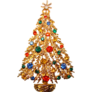 Fabulous ART Signed Rhinestone Christmas Tree Brooch