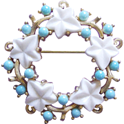 Gorgeous Trifari Leaf & Berry Wreath Vintage Brooch - White and Light Turquoise