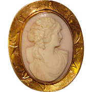 Fabulous Antique Carved Cameo 10K GOLD Brooch