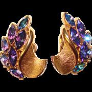 Fabulous TRIFARI Color Change Rhinestone Vintage Clip Earrings