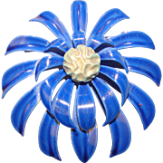 Awesome 1960s BLUE Flower Power Brooch
