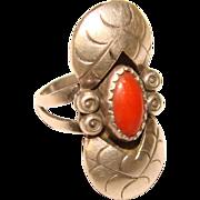Fabulous STERLING & CORAL Southwest Design Vintage Ring