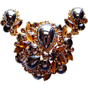 Fabulous D&E Juliana Hematite Color Glass Brown Amber Aurora Rhinestone Vintage Brooch Set