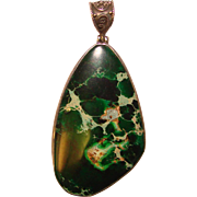 Fabulous STERLING & Natural Green Stone Vintage Pendant
