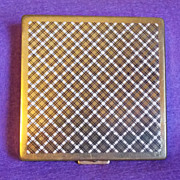 Gorgeous PLAID DESIGN Signed Vintage Harriet Hubbard Ayers Estate Compact