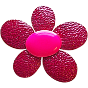 Awesome FLOWER POWER Magenta & Hot Pink Enamel Vintage 1960s Estate Pin Brooch