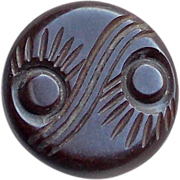 CARVED BAKELITE Peacock Eye Design Vintage Estate Button