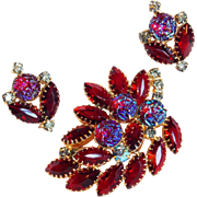Fabulous IRIDESCENT RED GLASS & Rhinestone Vintage Pin Brooch Set