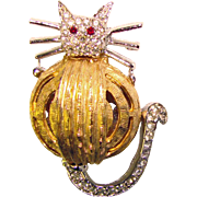 Super Cute FAT CAT Vintage Rhinestone Brooch
