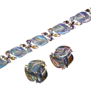 Fabulous LISNER Glowing Blue Leaf Rhinestone Bracelet Set