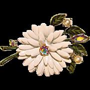 Gorgeous LISNER Vintage Enameled Flower Rhinestones Brooch