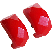 Vintage BAKELITE Red Carved Facet Earrings