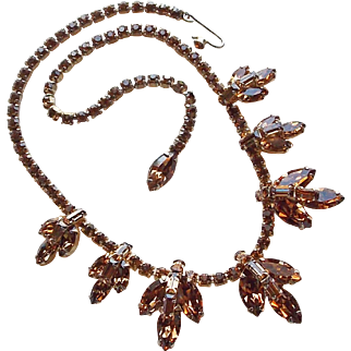 Gorgeous WEISS Fawn Rhinestone Vintage Necklace