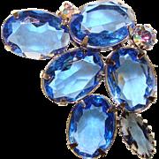 Fabulous BLUE OVAL Glass Rhinestone Vintage Brooch