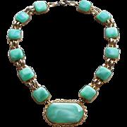 Fabulous ART DECO Green Glass Necklace