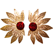 Gorgeous RED RHINESTONE Vintage Clip Earrings