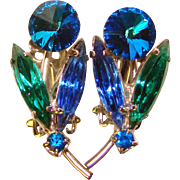 Gorgeous RIVOLI Rhinestone Capri Blue & Green Vintage Clip Earrings
