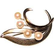 Gorgeous MIKIMOTO Sterling & Cultured Pearl Vintage Brooch